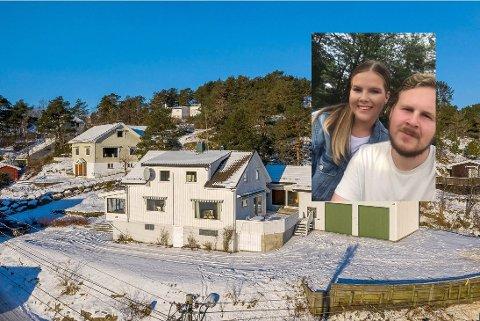 OPPUSSINGSPROSJEKT: Det unge samboerparet Benedikte Gunnarsen Berg (23) og Lars Venås Madsen (28) fra Nøtterøy skal selv pusse opp den retro boligen i Brevikveien 29 på Torød.