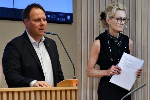JOBBYTTE: Kommuneadvokat Bjørn Vegar Norvang har sagt opp sin stilling. Nåværende virksomhetsdirektør for teknikk og miljø, Margrethe Løgavlen, overtar hans stilling 1. desember.