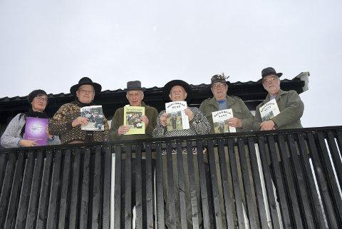 JUBILEUMSREDAKSJONEN: Fra venstre: Brit Ness, Håvard Elnes, Joar Olav Nessemo, Odd Helge Roksvåg, Anders Tosteigan Bendiksen og Arnt Kjesbu.