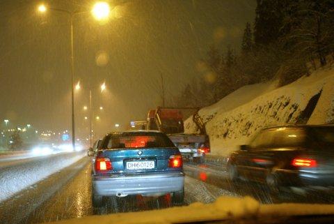 SLUDD: Det blir fort snøbyger og sludd på grunn av den kalde luften denne uka, forteller meteorologen.