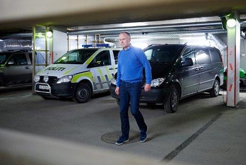 VIL HA TIPS: Etterforskningsleder Leif Gundersen vil gjerne ha tips dersom noen får tilbud om å kjøpe våpen, etter at flere våpen ble stjålet i Steinkjer i starten av mai.
