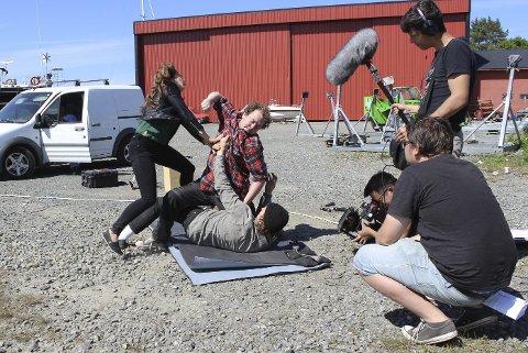 Snart på kino: Lokale filmskapere står bak en spenningskomedie som er spilt inn i Kilsund. 24. november vises filmen på kino i Arendal. Foto: Lo Film