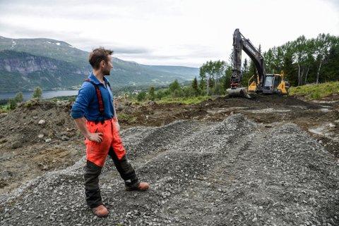 Frå grunnarbeid til ferdig hus - du er avhengig av gode samarbeid med mange fagfelt for å byggje hus.