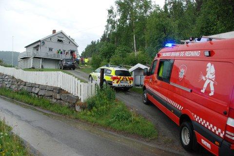 Lynnedslag: Truleg var det lynet som herja med det elektriske anlegget i dette huset ved Heggenes tidleg søndag kveld.