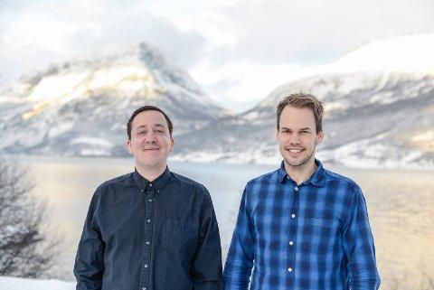 REKRUTTERAR: Weisstech skal ta verda med base frå Vang og Innlandet. Med på laget treng Philip Aspholt-Weisser og Jan Egil Jægersborg ein ny utviklar til hovudkontoret i Vang.