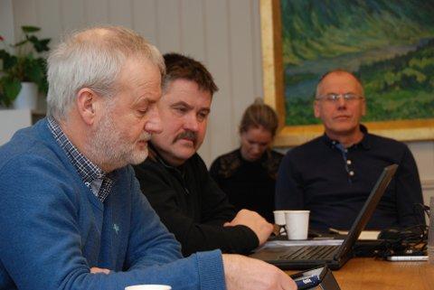 Ja til nytt forum: Både Lars Kvissel (t.v.), Haldor Ødegård og Eivind Brenna tala varmt for at Vestre Slidre blir med i det nye Forum for fritidsboligkommuner.