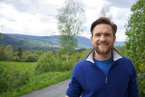 På jakt: Hallgrim Hansegård ønsker flere med på laget i eget dansekompani og håper å kunne hente kompetanse lokalt til Frikars base i Aurdal.