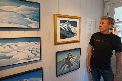 INVITERER: Kunstneren Leslie Ayres holder åpent hus i helga og utover i juli.