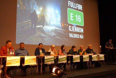 PANELET: Even Aleksander Hagen (tv, Ap), Bengt Fasteraune (Sp), Vegard Riseng (H), Jytte Sonne (KrF), Wenche K. Haug Almestrand (Frp), Ingjerd Thon Hagaseth (V), Johannes Wahl Gran (MDG) og Bjørnar Tollan Jordet (SV).