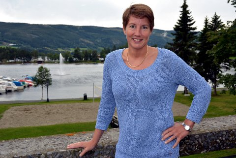 Ny jobb: Esther Gilen har hatt mange ulike lederjobber. Nå tar hun fatt på Nesodden som kommunalsjef for digitalisering, utvikling og administrasjon. Her er et foto fra tiden hun var leder for NAV Lillehammer og for NAV Valdres.