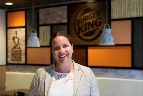 STARTER REKRUTTERING: Heidi Moss i Burger King sier de gleder seg til å starte rekrutteringen av både daglig leder og alle de andre som skal få jobb på Leira. Foto: Burger King