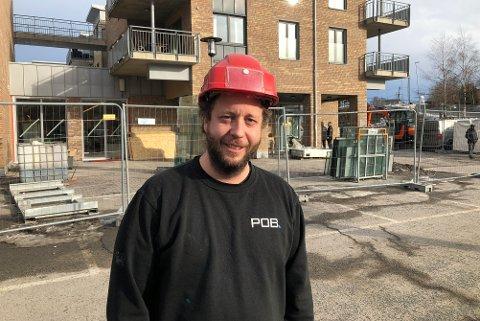 IRUTE:Formann Roger Gulbrandsen i POB har snart gjort sin del av jobben for å lage en ny og større Kiwi-butikk på Hagan.