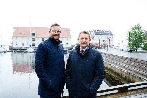 Tom Jørgensen (t.v.) i Privatmegleren har fått Yngve Fløisand med over fra utbyggerbransjen.
