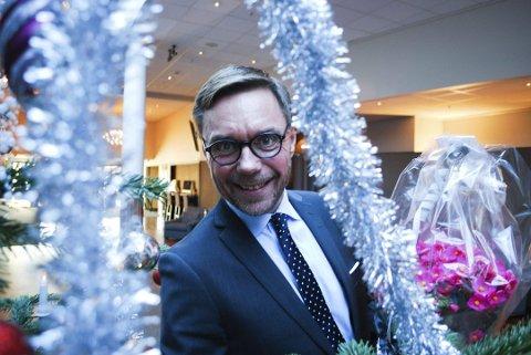 ENTUSIASTISK: Hotellsjef Øyvind Hagen ved Quality Hotel Tønsberg er entusiastisk over hotelltallene for Vestfold i fjor: - Vi har plass til enda flere gjester i arbeid og fritid. Vi skal fortsette å fosse frem, sier han.
