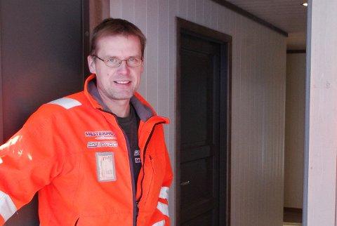 STOR I VÅR MÅLESTOKK: Det sier daglig leder ved SK Bygg AS, Morten Kolstad, om jobben hans firma er tildelt ved Alvdal Skurlag.