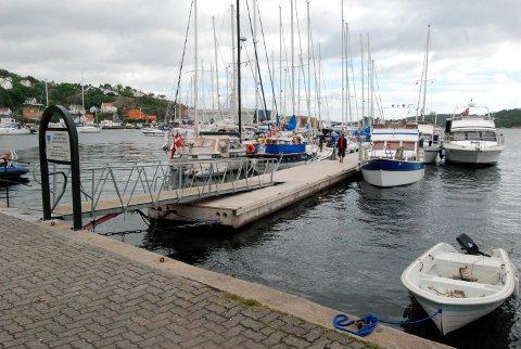 Gjestehavna: En ny molo ved Strandgata blir ikke nødvendigvis noe av selv om det blir stein tilgjengelig i forbindelse med Rose Eiendoms prosjekte. Foto: Arkiv
