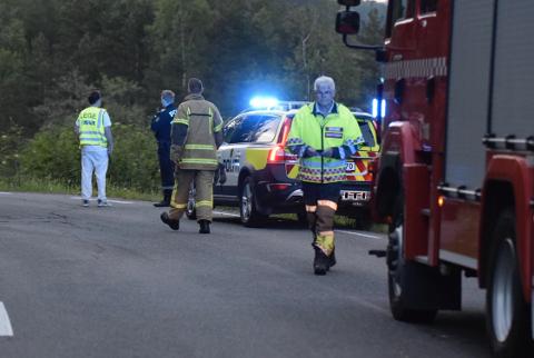 DØDSULYKKE: Eddie Bakken (25) fra Kvinesdal omkom i en MC-ulykke på fylkesvei 803 ved Lohne fredag 7. juni. Dødsulykken skjedde i en venstresving om lag 300 meter fra Lohne, mellom Lohne i Kvinesdal og Seland i Flekkefjord på Frøytlandsveien (fylkesvei 803).