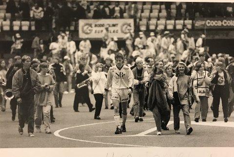 Petter Solli var populær blant fansen. Her etter en kamp i Nordlandshallen.