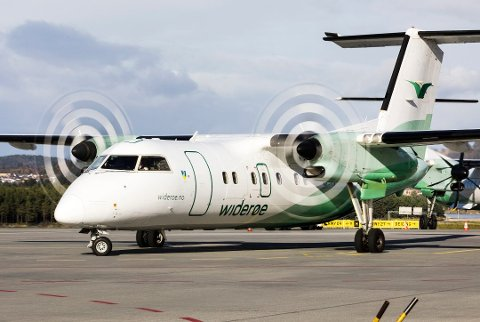 Widerøe bytter ut propeller med jetmotorer på samtlige fly. I tillegg må kabinmannskapet bytte ut sløyfe og slips med små propeller. Eller?