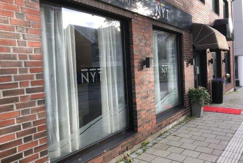 Restauranthus. Denne eiendommen i Dronningens gate i Bodø er etter det Avisa Nordland erfarer i ferd med å få ny eier.