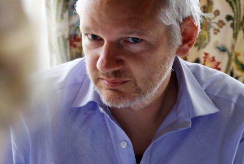 Bekymret: Julian Assange er bekymret for savnede Arjen Kamphuis.