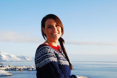 Marlene Sæthre (33) stemte for at Moskenes kommune skulle boikotte årets TV-aksjon, men angret seg. Nå er hun en av kandidatene til å bli Årets nordlending. Foto: Privat
