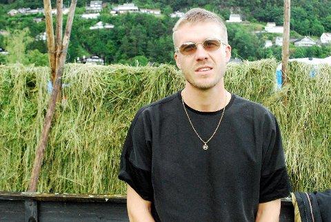 Håkon Njøten er aktuell med Løver og låtene «Look What I Got» og «Trick of the Light».
