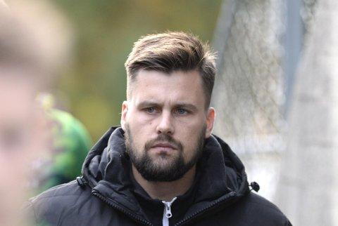 Lysekloster og trener Ruben Hetlevik er i førersetet i opprykkskampen.