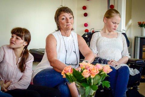 Brita Hennum, Helga Brun og Nora Hennum håper Vestregionens kommuner snur om den såkalte meldeplikten for BPA-brukere.