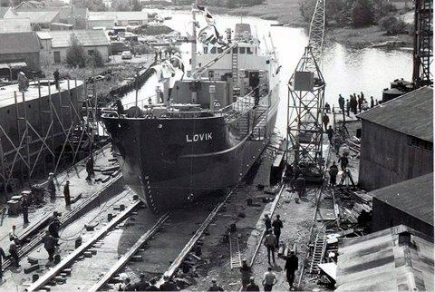 Den gang: Et av mange skip som ble bygget ved Seutelvens mekaniske verksted. Bildet er fra 1956.