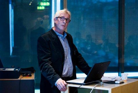 Forhandler om avtale: Ordfører Jon-Ivar Nygård leder forhandlingsutvalget som skal inngå en sluttavtale med rådmann Ole Petter Finess (bildet). Deadline er i utgangspunktet satt til torsdag.