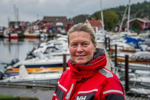 Cathrine Linnes, Frp, er sterkt kritisk til avtalen med Borg Havn.