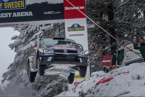To dager før dette bildet ble tatt på Colin's Crest i Rally Sweden 2016 var det knapt noe snø og is på gjennomkjøringen. Nå føler arrangøren seg sikre på at vinteren kommer i god nok tid, og at det uansett blir kaldt nok til at Rally Sweden kan gjennomføres til tross for langvarig mildvær i skrivende stund.