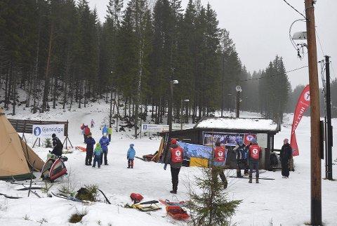 "VÆR OG VIND: Været bidro nok til lavere deltagelse enn på en ""normal"" vinterdag."