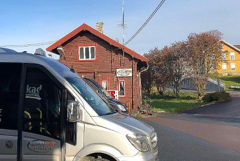 TAXI-TVIST: De tolv løyvehaverne i Gran taxi er såpass uenige at fem av dem har saksøkt samvirket. Mandag møtes partene i Gjøvik tingrett.
