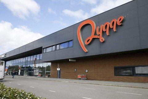 FORUTSETNINGER: – Fylkeskommunen ønsker virksomhet på Rygge, men ting må gå riktig for seg, skriver fylkesordfører Ole Haabeth.
