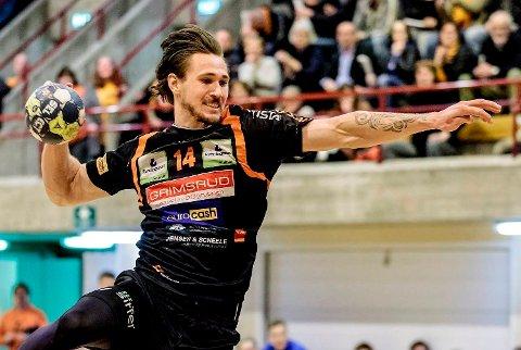 Kristoffer Henriksen er klar for Runar kommende sesong.