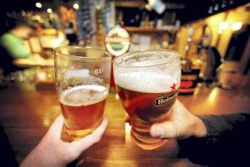 MINDRE ALKOHOL: – Forskningen sier at lettere tilgjengelighet til alkohol fører til større forbruk, og større alkoholforbruk fører til flere alkoholskader, skriver Dagfinn Stærk.