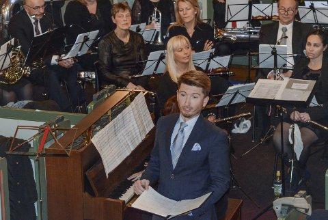 Ørjan Hartveit er nå bosatt i Bergen og ansatt på Griegakkademiet. Han er en ofte brukt solist og som kormedlem i Edvard Grieg koret.