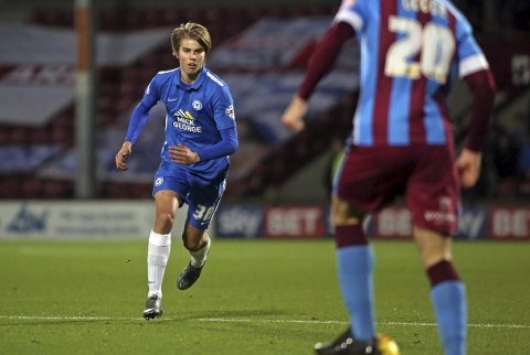 TILBAKE FRA START: Etter bare to kamper fra start og to innhopp i Blackburn, ble Martin Samuelsen kastet rett inn på laget til Peterborough.