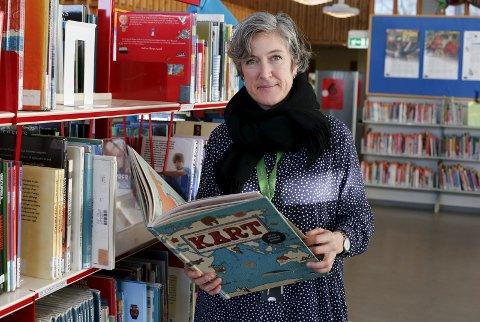 PÅ JOBB: Som leder av barne- og ungdomsavdelingen har Kjersti Beiermann introdusert mange unge haugesundere inn i bøkenes verden.