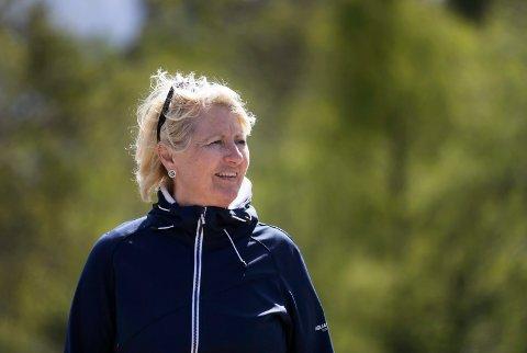 GODE NYHETER: Leder Laila Nemeth i Indre Haugaland Ryttersportklubb, som skal bygge et regionalt hestesportanlegg i Tysvær.