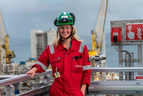 SKJEBNETID: Elektriker og fagforeningskvinnen Henriette Thorsen på Stord frykter for framtiden til leverandørindustrien. Nå håper hun myndighetene forstår at krisepakken de har foreslått, ikke vil være god nok.