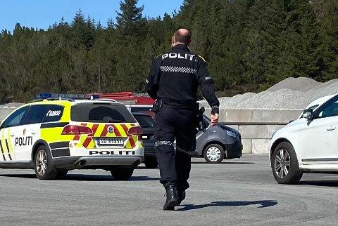 ARBEIDSULYKKE: Det var tirsdag at en mann ble funnet fastklemt på Gismarvik kai i Tysvær.