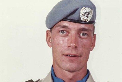 Frank Bakke-Jensen som FN-soldat i 1991. Nå er han forsvarsminister.