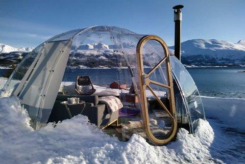 NÆRT NATUREN: Opplevelse basert turisme er i vinden, sier daglig leder Henning Solstad. Bildet er av iglo satt opp i Balsfjord.