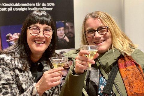 Kirsti Hundstad og Hilde Kristoffersen har ikke vært på kino på en stund, men begge to er veldig glad i film.