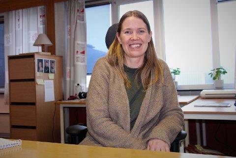 Vera Kibsgaard Karoliussen hoppet i det og startet eget firma med logopedtjenester i Sandnessjøen. - Jeg har alltid vært opptatt av språket, sier hun