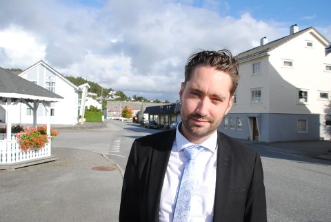 Ordførar Peder Sjo Slettebø ser fram til at Sæbøvik sentrum skal bli både ein finare og tryggare stad for folk og trafikkantar.
