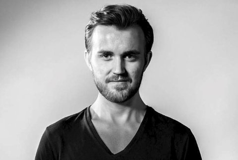 Slipper singel: Tirsdag denne uka slapp Kristian Johan Gjertsen fra Fredvang sin første singel «Gå mæ meg». Foto: Line Becker